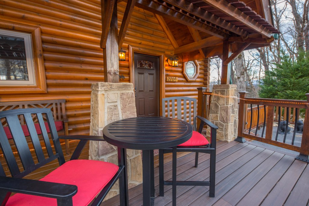 Photo of a Sevierville Cabin named Psalm 2705 - This is the thirty-third photo in the set.