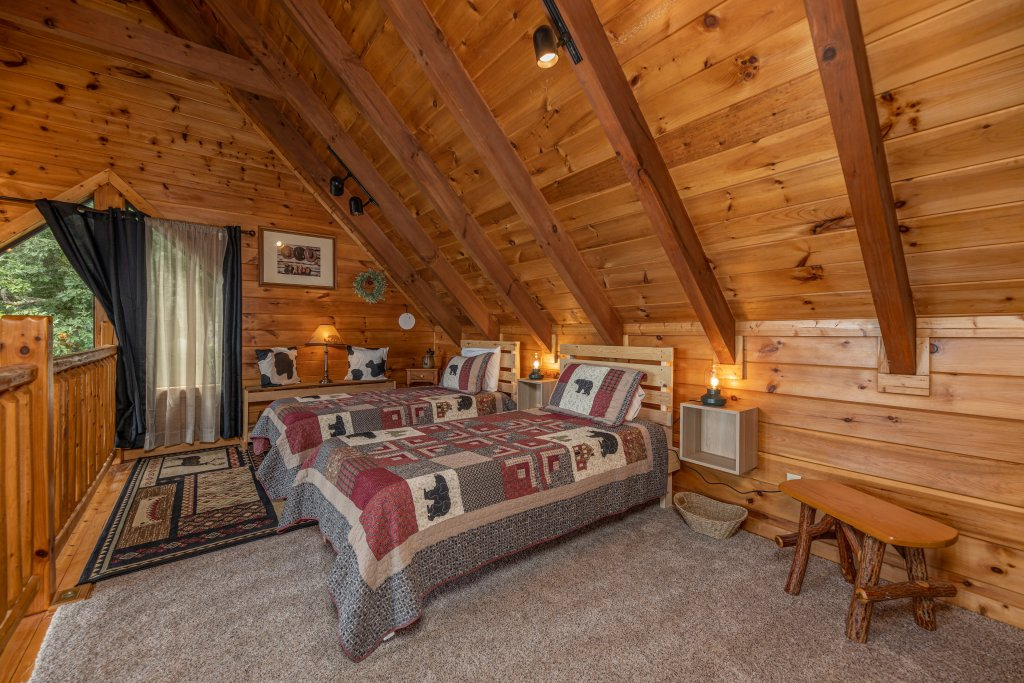 Photo of a Sevierville Cabin named Psalm 2705 - This is the twenty-third photo in the set.
