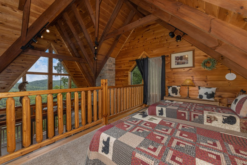 Photo of a Sevierville Cabin named Psalm 2705 - This is the twenty-second photo in the set.