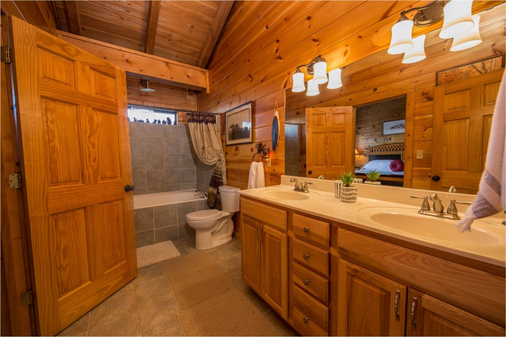 Photo of a Sevierville Cabin named Psalm 2705 - This is the ninth photo in the set.