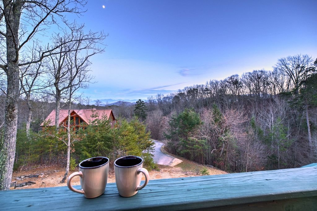 Photo of a Sevierville Cabin named Makin' Memories - This is the forty-third photo in the set.