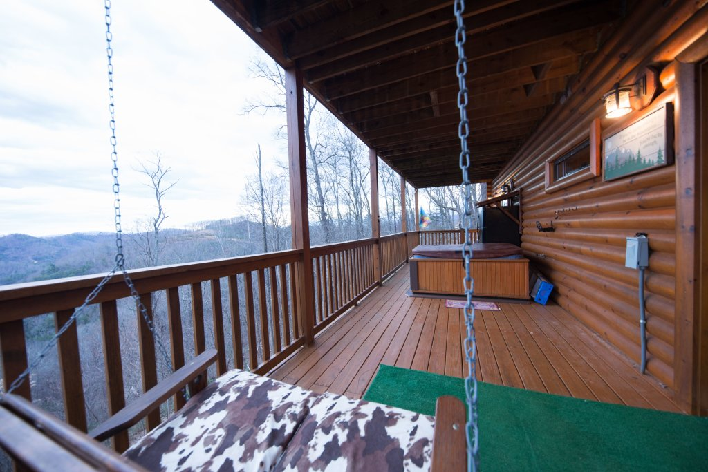 Photo of a Sevierville Cabin named Psalm 2705 - This is the thirty-ninth photo in the set.