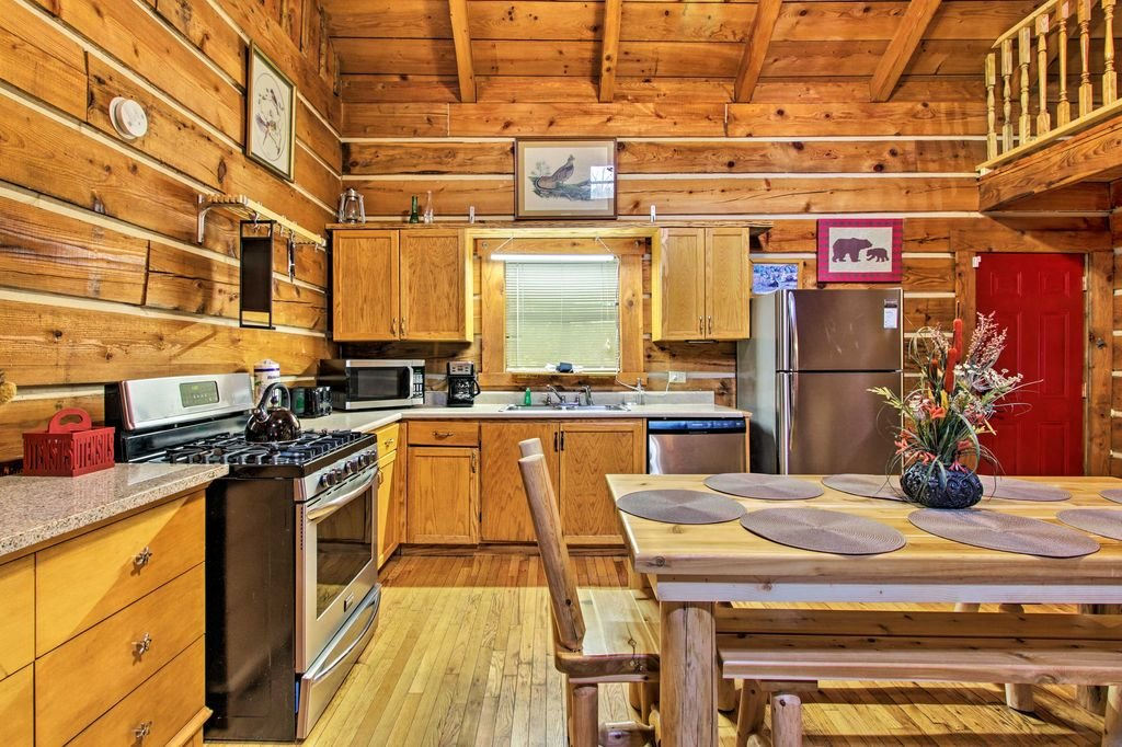 Photo of a Gatlinburg Cabin named Sunrise Views - This is the fifteenth photo in the set.