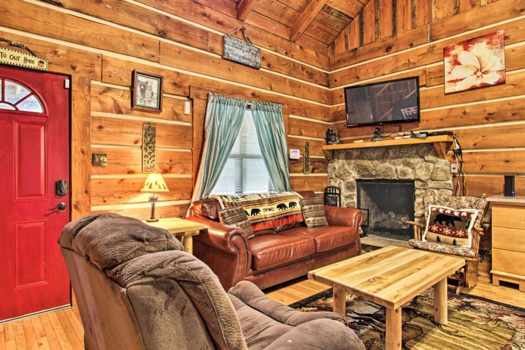 Photo of a Gatlinburg Cabin named Sunrise Views - This is the second photo in the set.