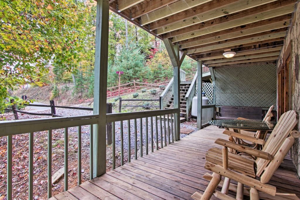 Photo of a Gatlinburg Cabin named Sunrise Views - This is the twentieth photo in the set.