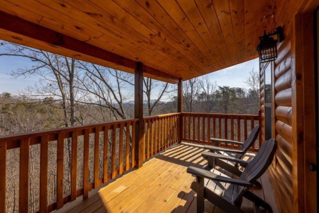 Photo of a Pigeon Forge Cabin named Everly's Splash - This is the twelfth photo in the set.