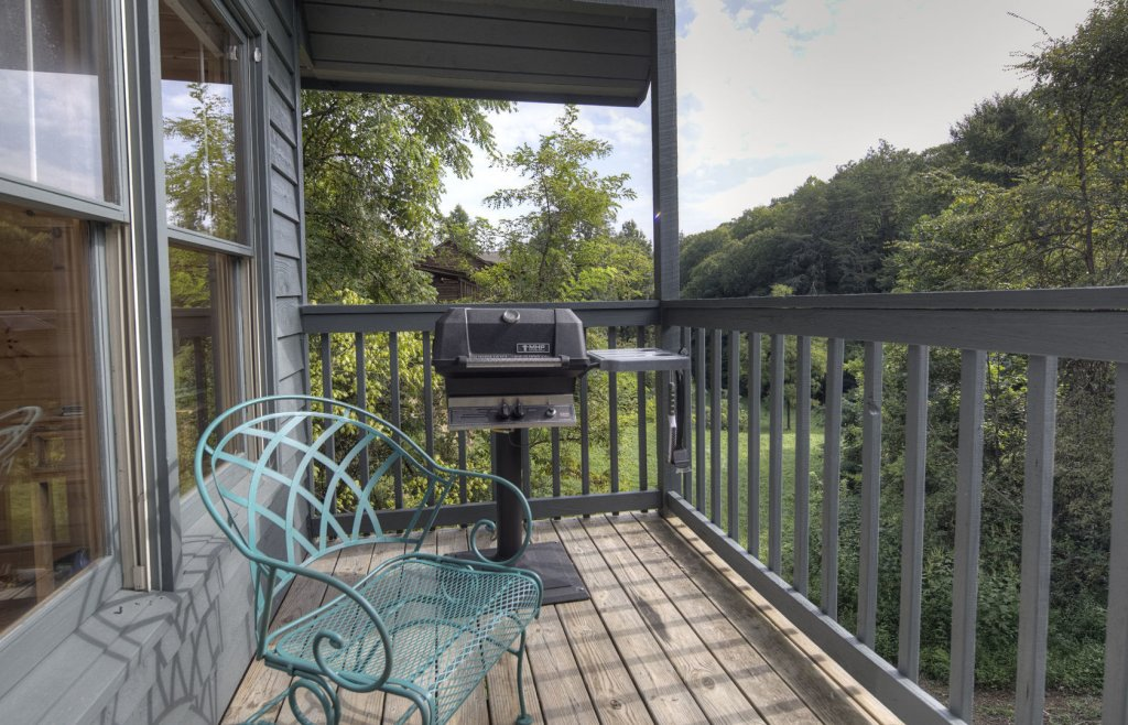 Photo of a Sevierville Cabin named Tranquility - This is the twenty-second photo in the set.