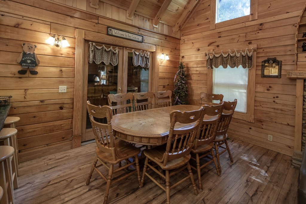 Photo of a Pigeon Forge Cabin named  Mount Richmond - This is the fifteenth photo in the set.