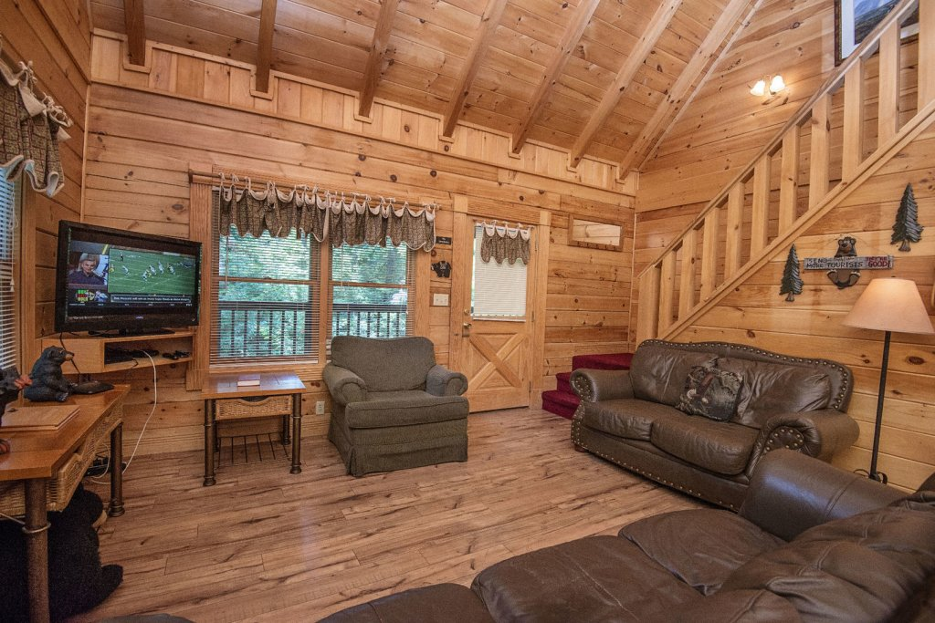 Photo of a Pigeon Forge Cabin named  Mount Richmond - This is the tenth photo in the set.