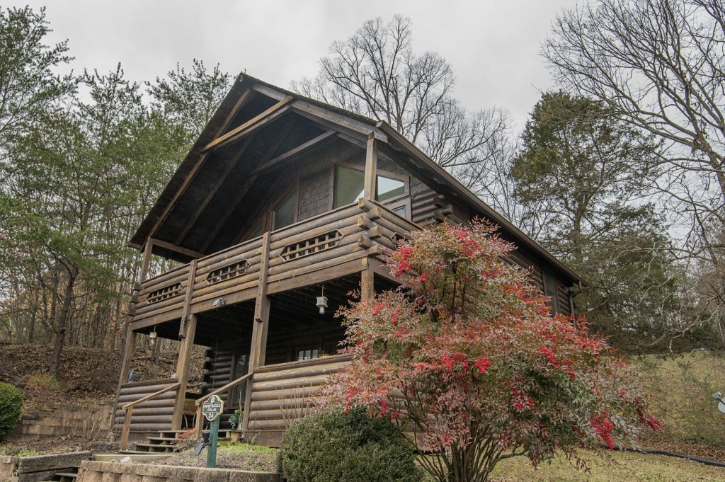 Photo of a Pigeon Forge Cabin named  Honeysuckle Holler - This is the fortieth photo in the set.