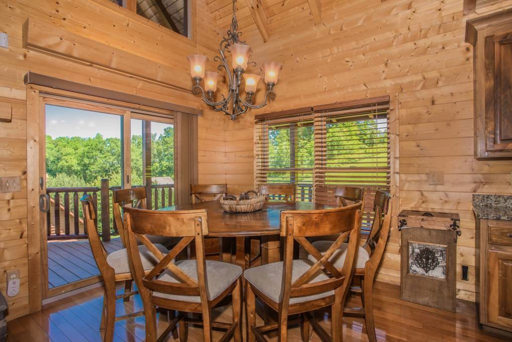 Photo of a Sevierville Cabin named Clear Valley Retreat - This is the fifteenth photo in the set.