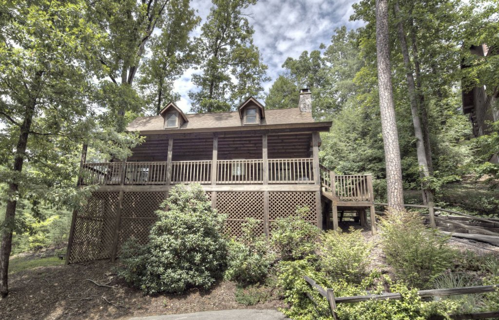 Photo of a Pigeon Forge Cabin named  Mount Richmond - This is the first photo in the set.