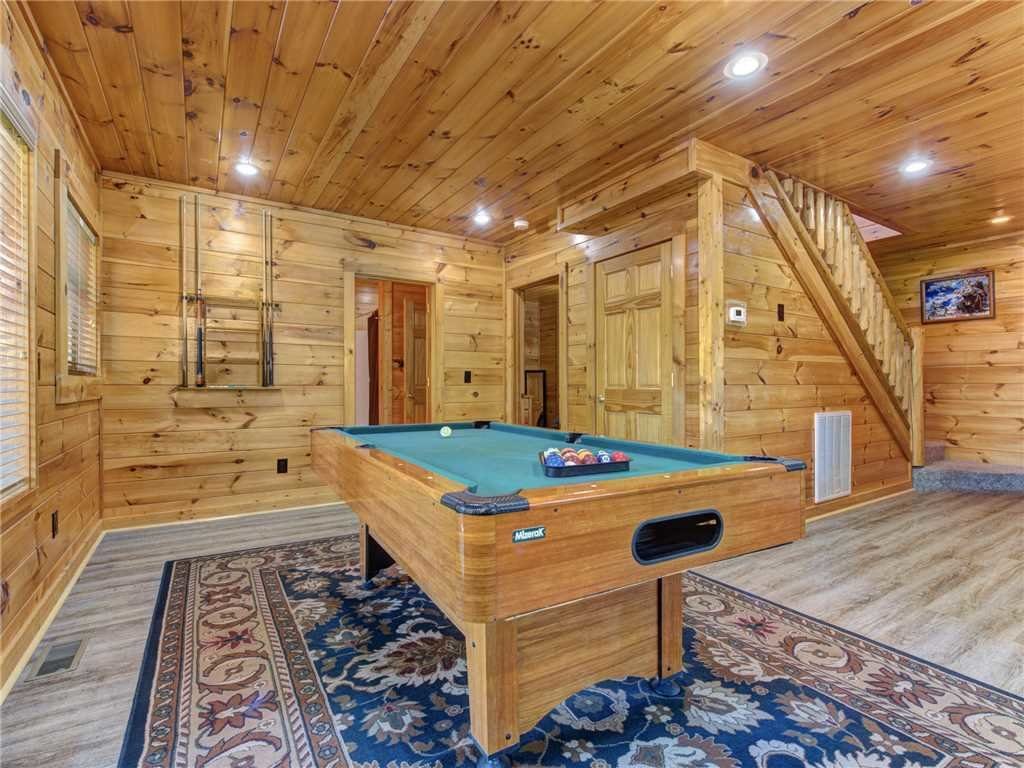 Photo of a Sevierville Cabin named Wilderness Lodge - This is the eighth photo in the set.