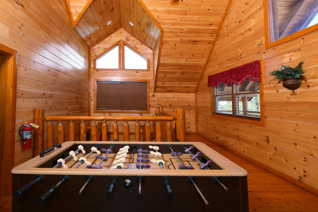 Photo of a Sevierville Cabin named Family Valley Lodge - This is the thirtieth photo in the set.