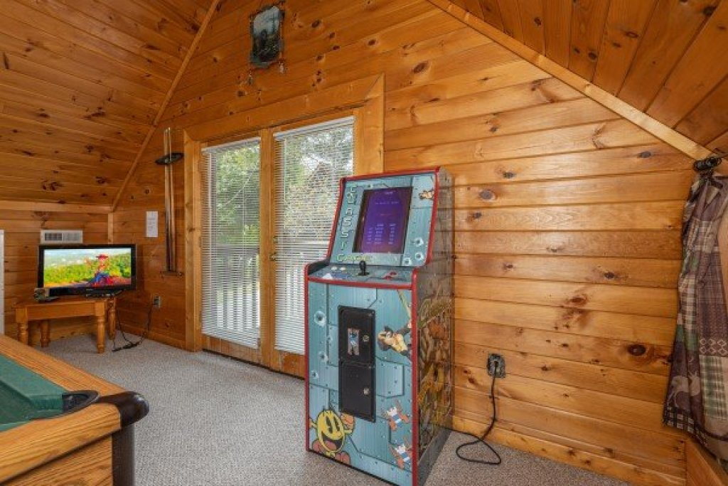 Photo of a Sevierville Cabin named Eagle's Bluff - This is the twenty-first photo in the set.