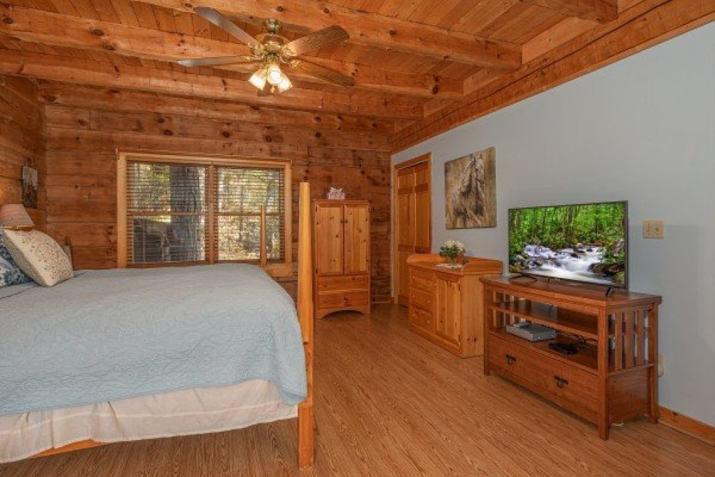 Photo of a Sevierville Cabin named Almost Heaven - This is the seventh photo in the set.