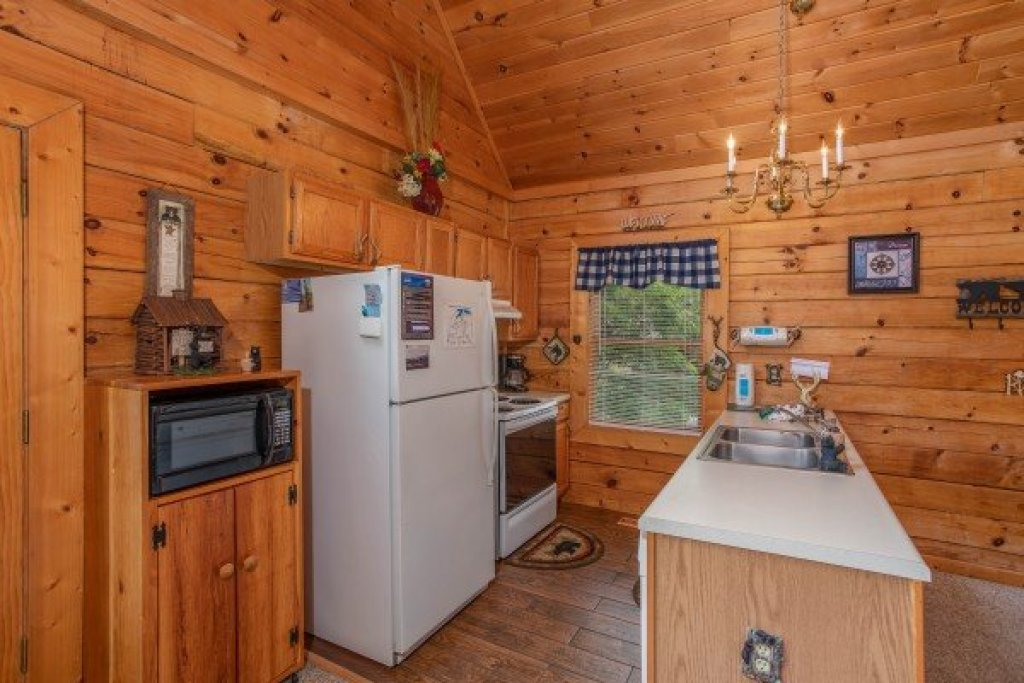 Photo of a Sevierville Cabin named Eagle's Bluff - This is the seventh photo in the set.