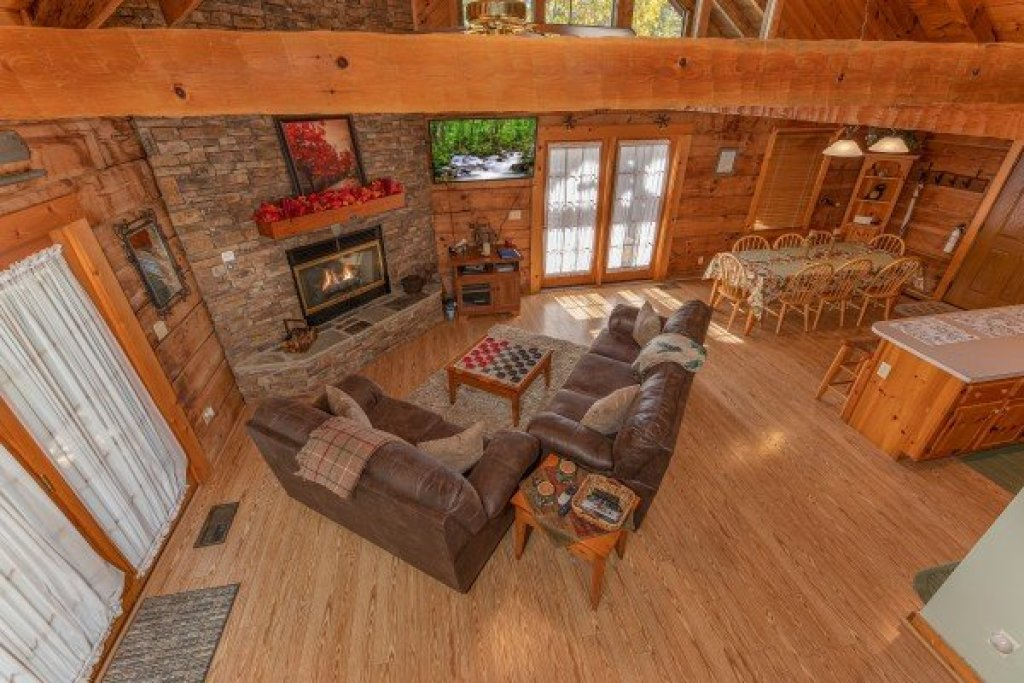 Photo of a Sevierville Cabin named Almost Heaven - This is the thirteenth photo in the set.