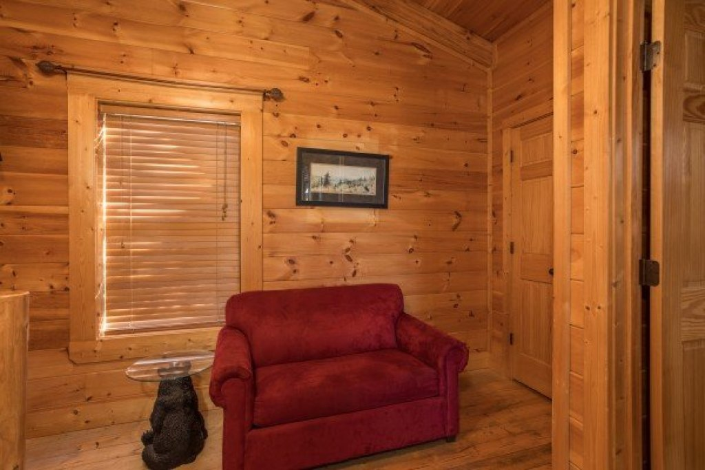 Photo of a Sevierville Cabin named 5 Little Cubs - This is the seventh photo in the set.