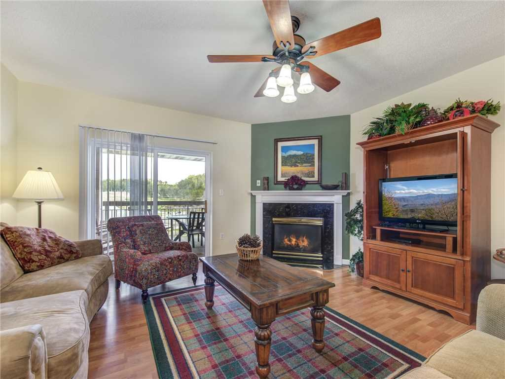Photo of a Pigeon Forge Condo named Creekside Delight Bear Crossing 401 - This is the first photo in the set.