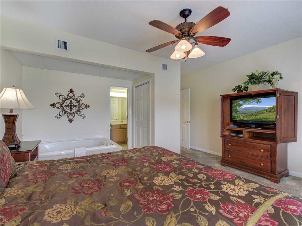 Photo of a Pigeon Forge Condo named Creekside Delight Bear Crossing 401 - This is the twelfth photo in the set.