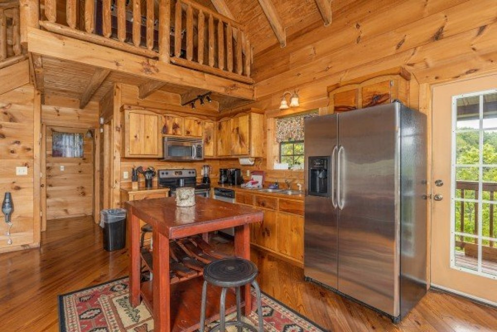 Photo of a Sevierville Cabin named Auburn Sky - This is the seventh photo in the set.