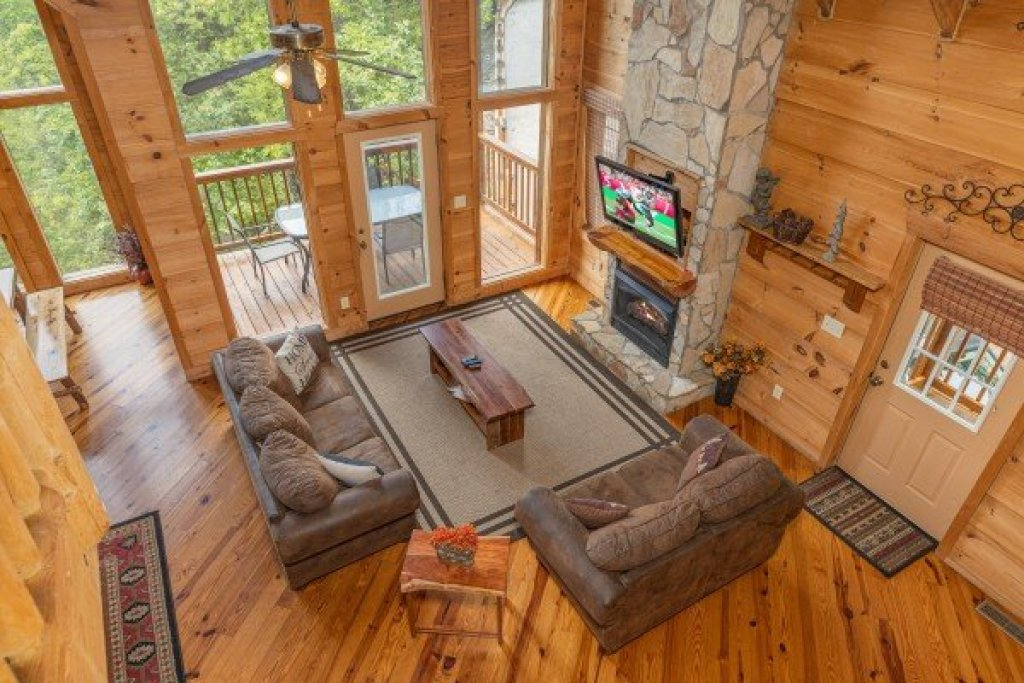 Photo of a Sevierville Cabin named Auburn Sky - This is the fifteenth photo in the set.