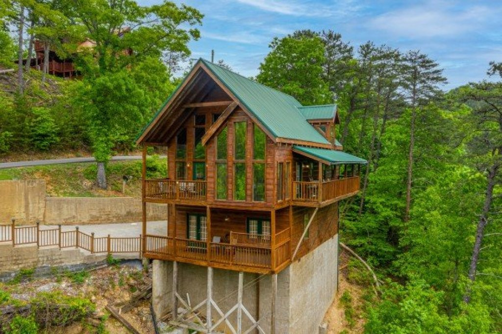 Photo of a Sevierville Cabin named Auburn Sky - This is the thirty-first photo in the set.
