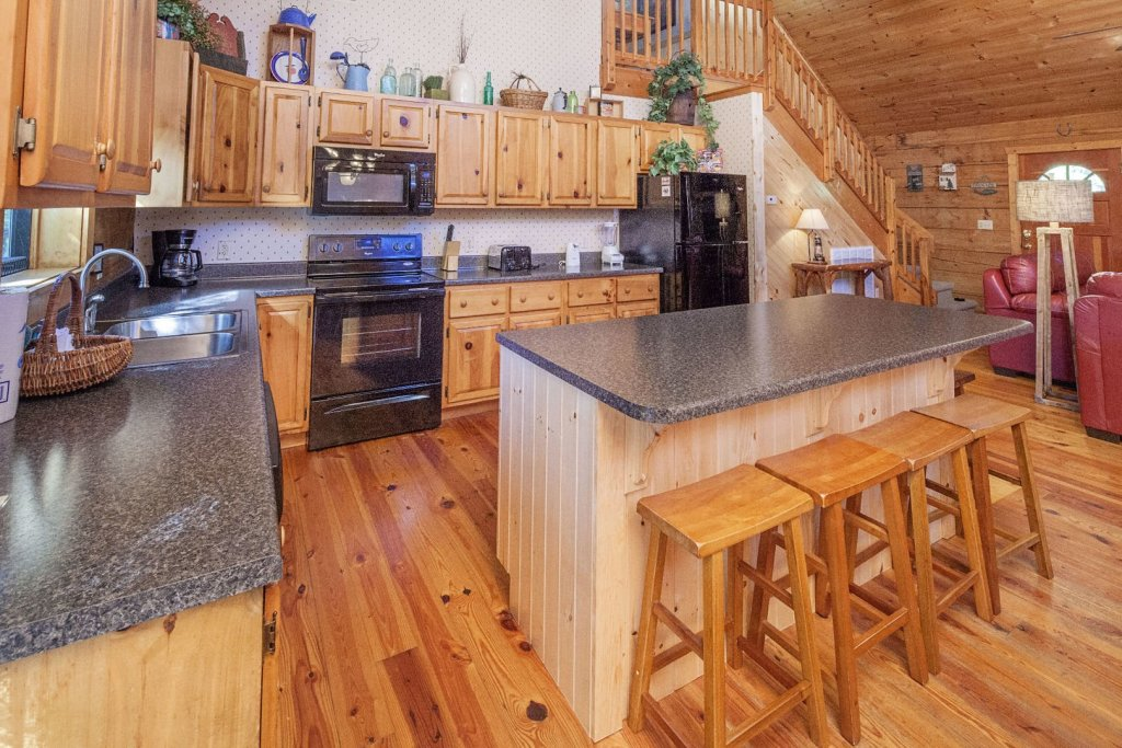Photo of a Pigeon Forge Cabin named  Best Of Both Worlds - This is the sixth photo in the set.