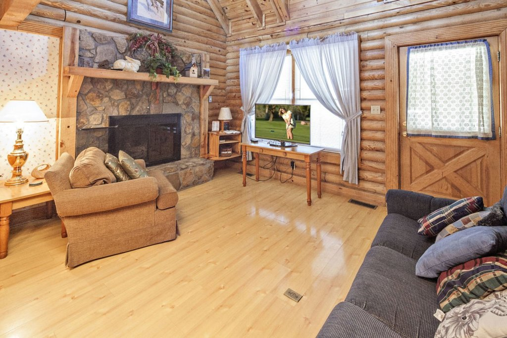 Photo of a Pigeon Forge Cabin named  Ganma's Getaway - This is the fifth photo in the set.