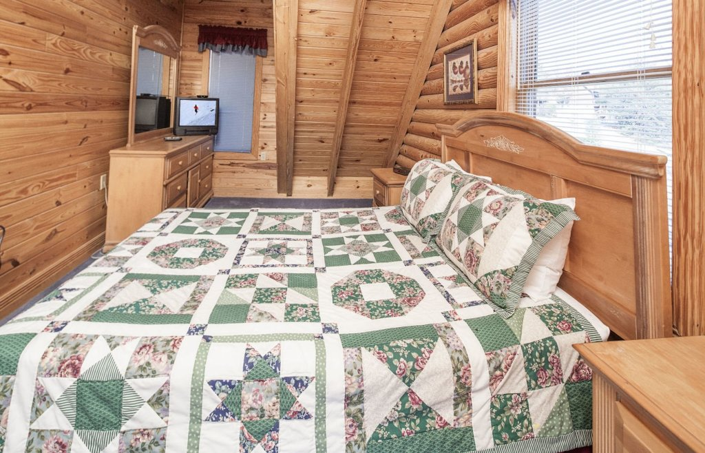 Photo of a Pigeon Forge Cabin named  Ganma's Getaway - This is the fourteenth photo in the set.
