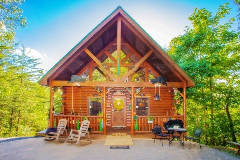 Photo of a Gatlinburg Cabin named Sweet Serenity - This is the twenty-ninth photo in the set.