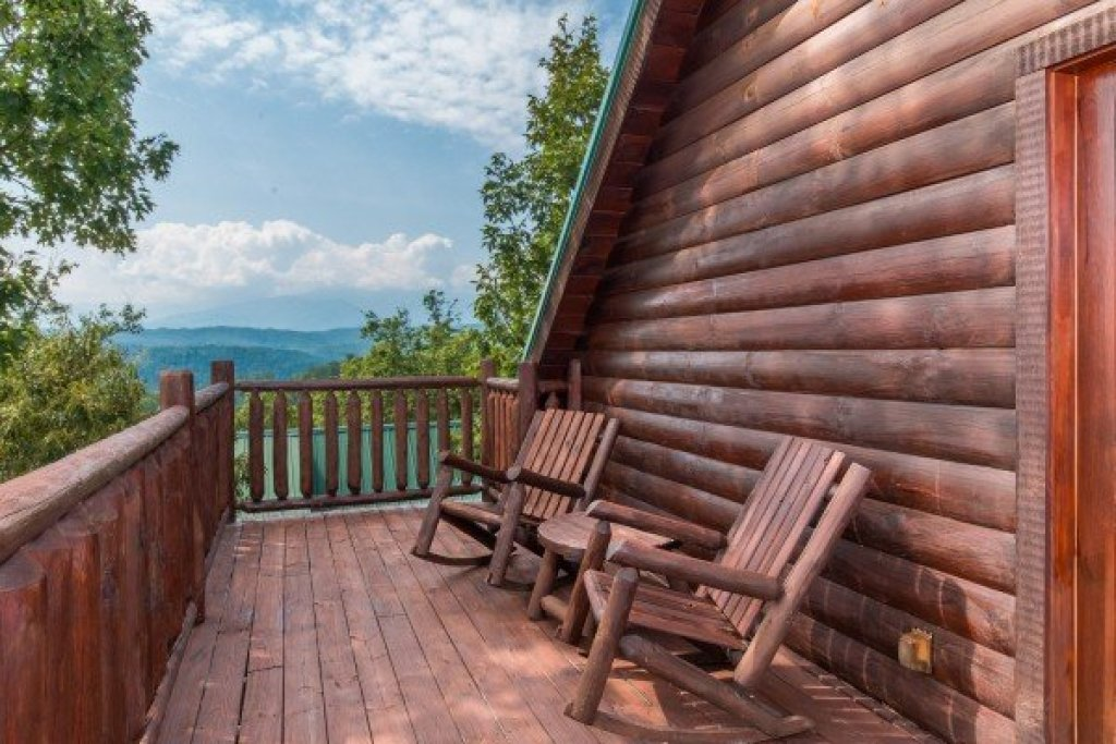 Photo of a Pigeon Forge Cabin named A Beautiful Memory - This is the sixteenth photo in the set.