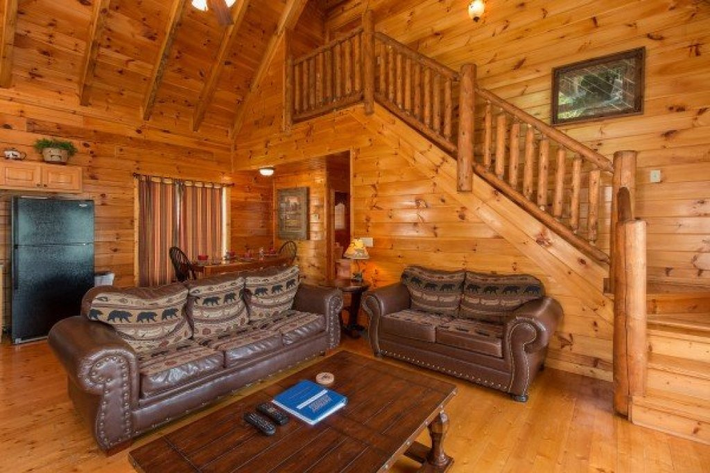 Photo of a Pigeon Forge Cabin named A Beautiful Memory - This is the fourth photo in the set.