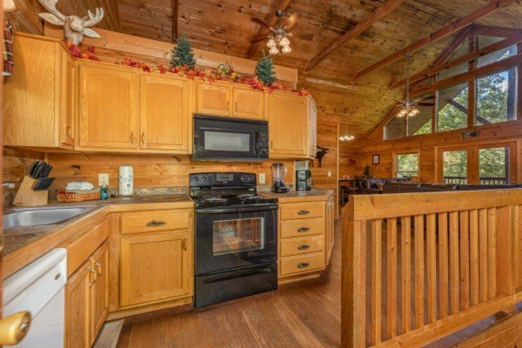 Photo of a Sevierville Cabin named Highland Moose - This is the fifth photo in the set.