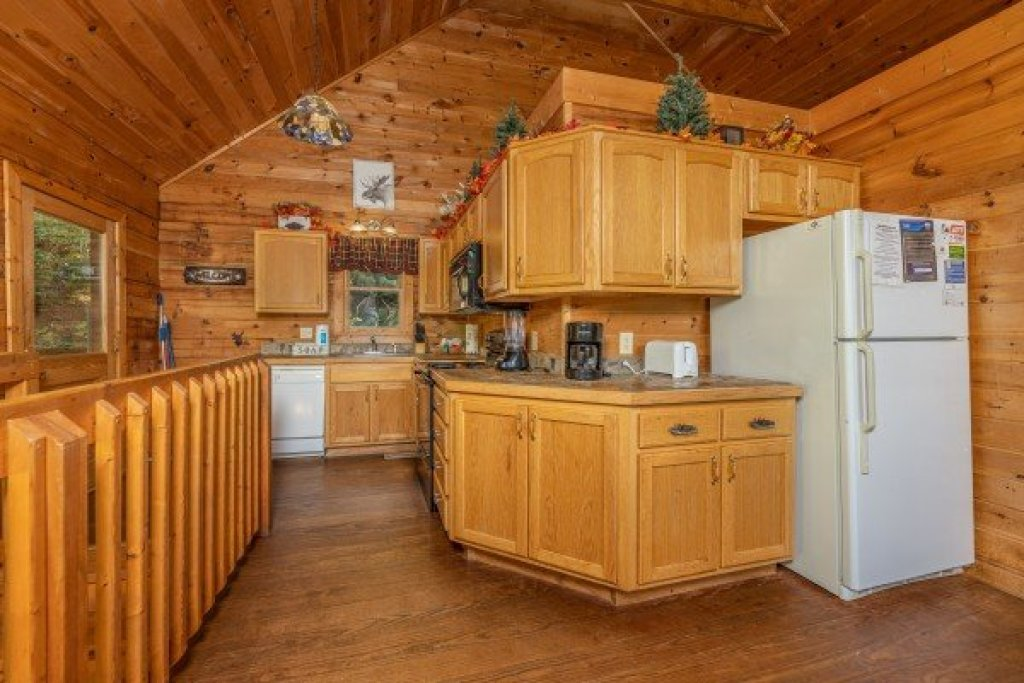 Photo of a Sevierville Cabin named Highland Moose - This is the sixth photo in the set.