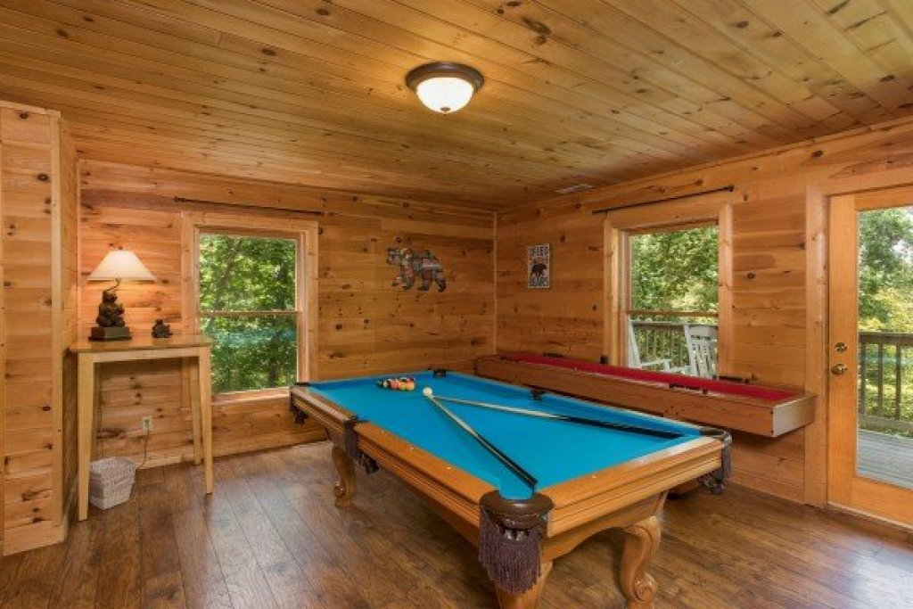 Photo of a Sevierville Cabin named Highland Moose - This is the thirteenth photo in the set.