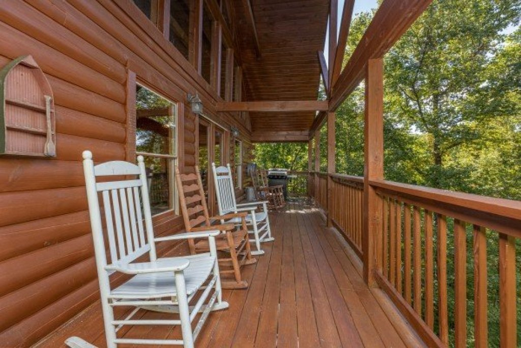 Photo of a Sevierville Cabin named Highland Moose - This is the eighth photo in the set.