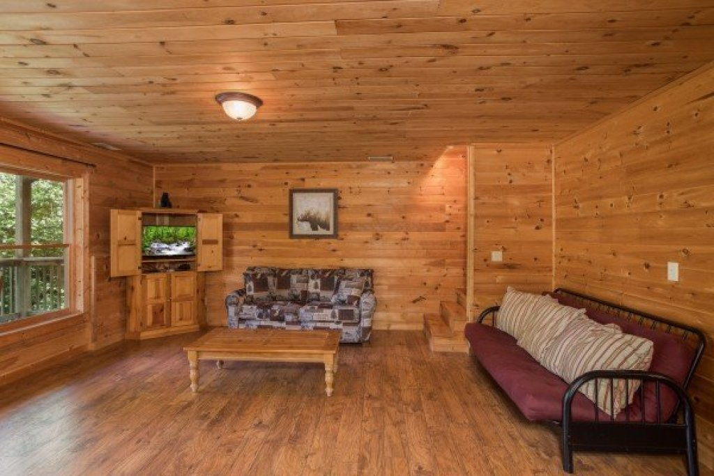 Photo of a Sevierville Cabin named Highland Moose - This is the fourteenth photo in the set.