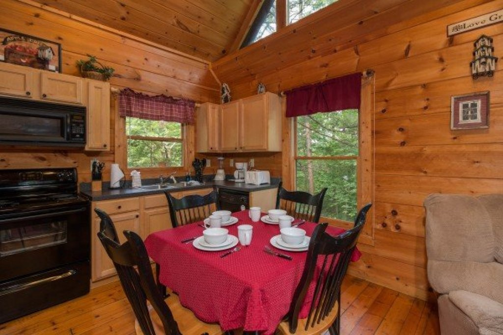 Photo of a Gatlinburg Cabin named Cabin Sweet Cabin - This is the third photo in the set.