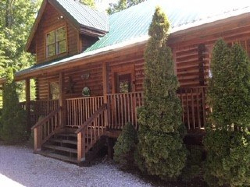 Photo of a Sevierville Cabin named Bootlegger's Bounty - This is the twenty-fourth photo in the set.
