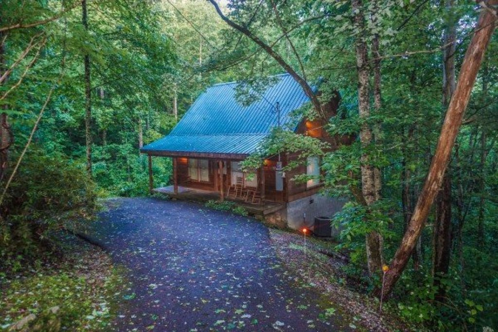 Photo of a Gatlinburg Cabin named Denim Blues - This is the first photo in the set.