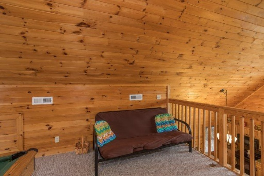 Photo of a Sevierville Cabin named Eagle's Nest - This is the twenty-first photo in the set.