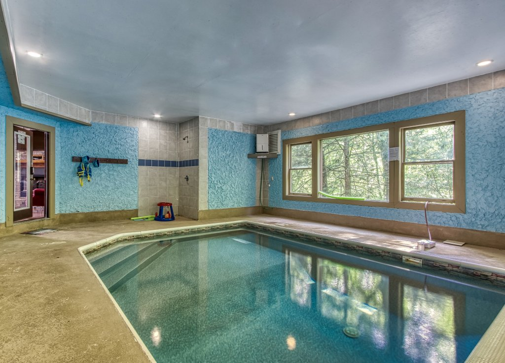 Photo of a Gatlinburg Cabin named Mystical Creek Pool Lodge #600 - This is the twenty-first photo in the set.