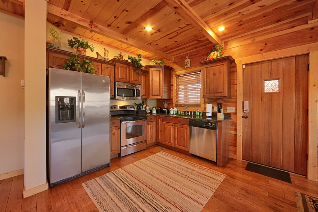 Photo of a Pigeon Forge Cabin named Majestic Forest - This is the ninth photo in the set.