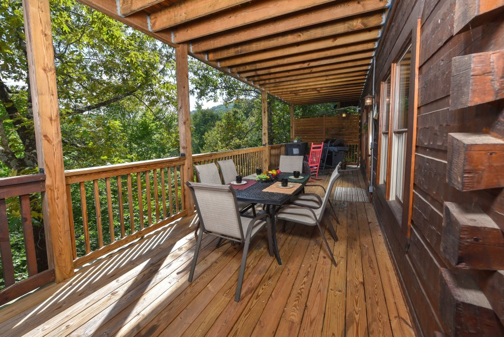 Photo of a Pigeon Forge Cabin named Majestic Forest - This is the thirteenth photo in the set.