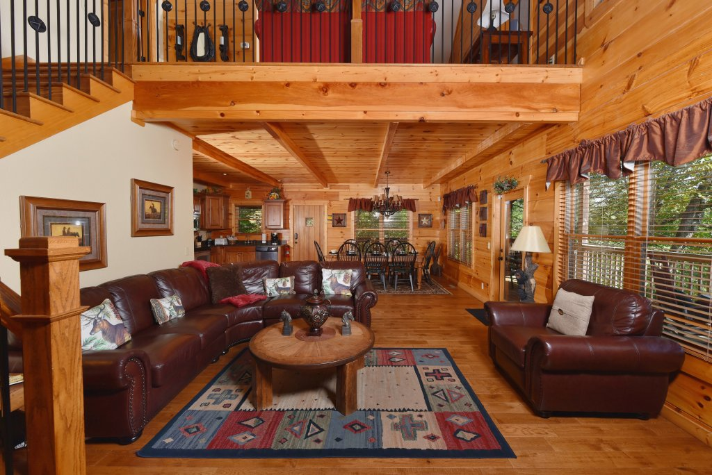 Photo of a Pigeon Forge Cabin named Majestic Forest - This is the fifth photo in the set.