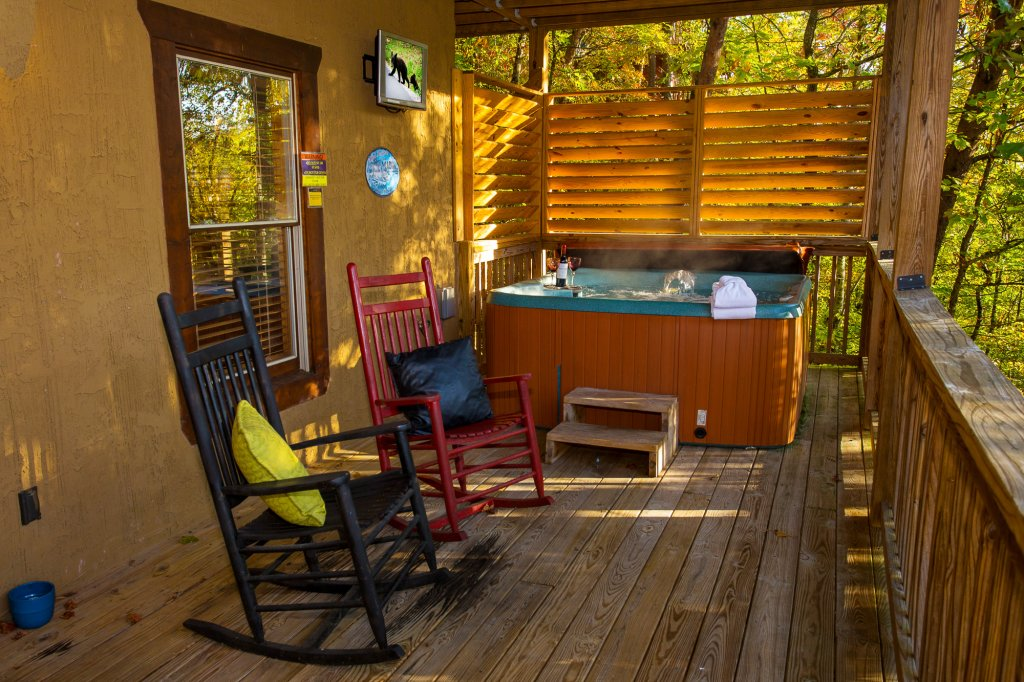 Photo of a Pigeon Forge Cabin named Majestic Forest - This is the seventeenth photo in the set.