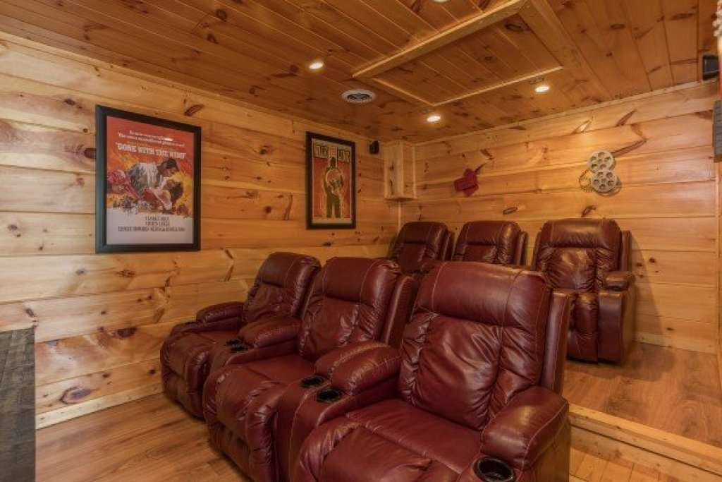 Photo of a Sevierville Cabin named Graceland - This is the twenty-third photo in the set.