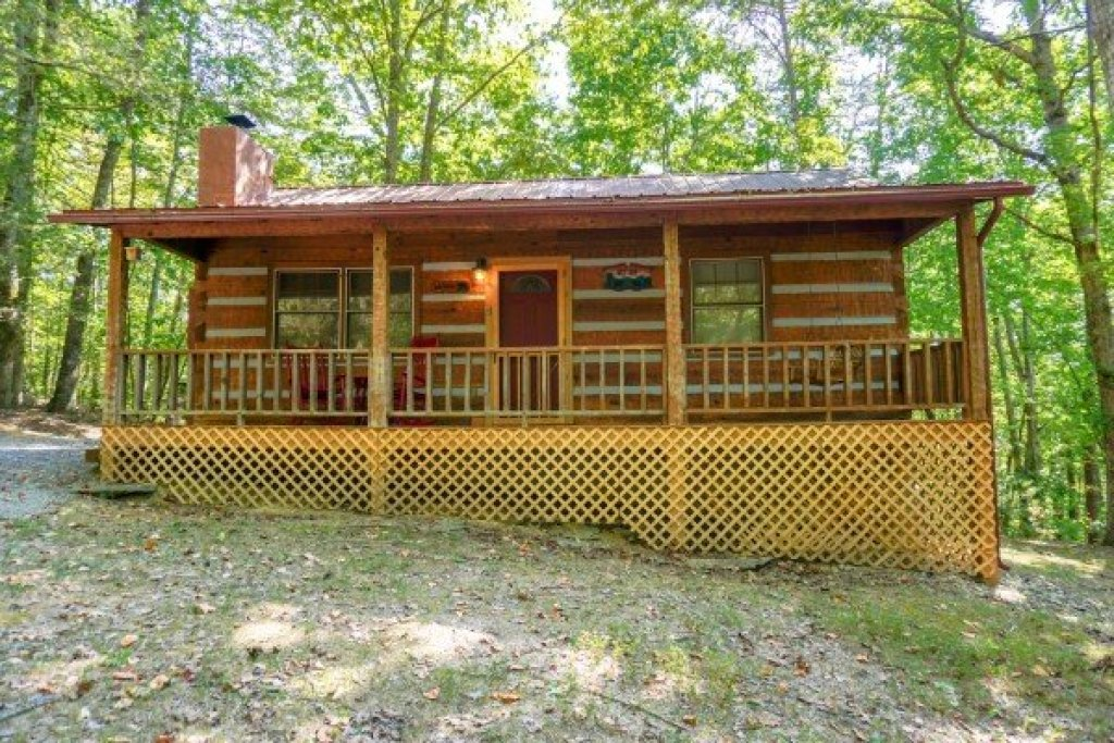 Photo of a Sevierville Cabin named Little Bear - This is the seventeenth photo in the set.